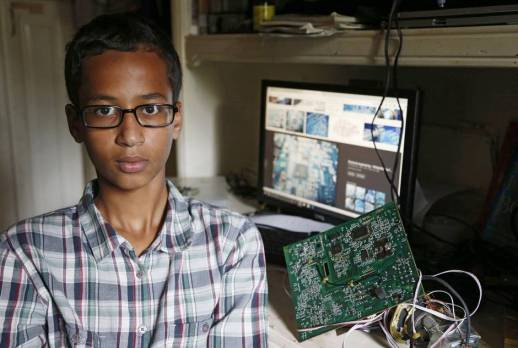 14 year-old inventor Ahmed Mohamed in his room