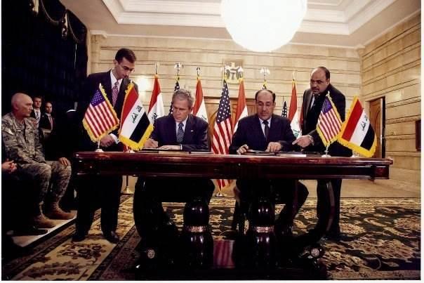 Ali Khedery (left)