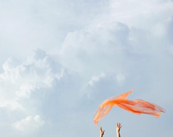 lightly-wind-breeze-orange-sky