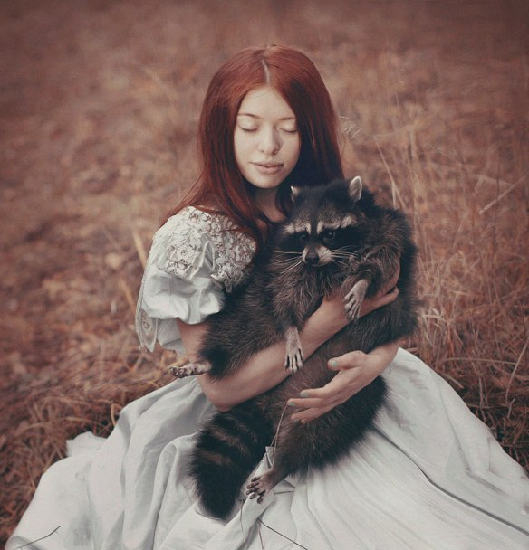 surreal-animal-human-portraits-katerina-plotnikova-7 - Copie