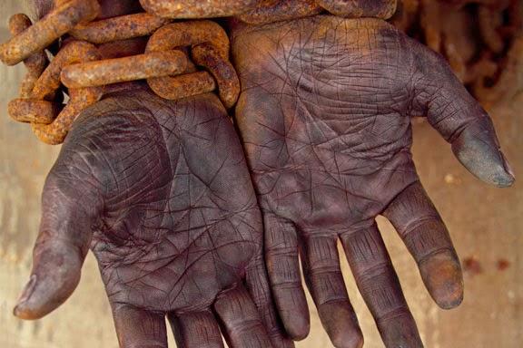 SlaveHands